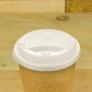 Kép 1/2 - 89 mm CPLA kávés pohártető (2,8-5,7 dl pohárhoz) , 1000db